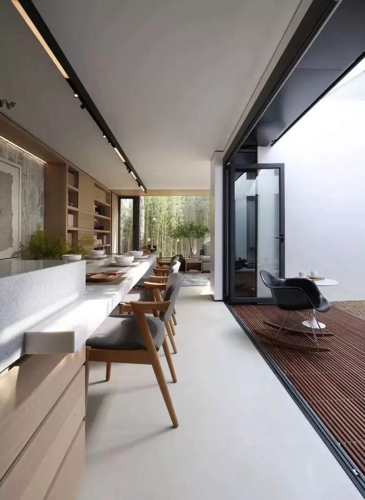 新型材料=panDOMO Floor -《梦想改造家之废墟上的重建》