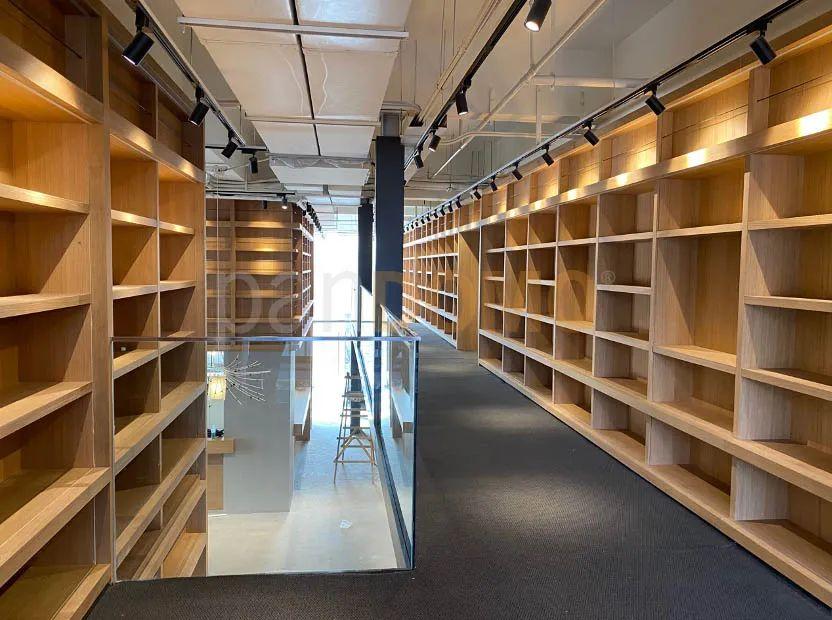 案例分享-中强城市广场光年书店 | panDOMO以光影装点书香海洋